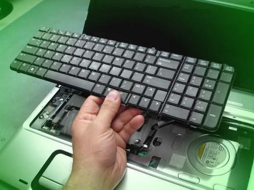 Замена-клавиатуры-ноутбука
